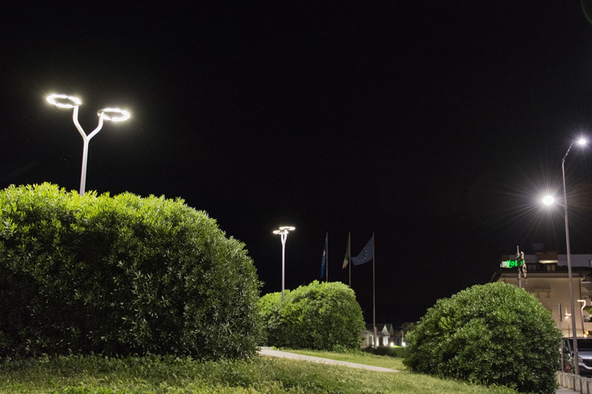 Plafoniera Incasso Led Disano : Projects u003e outdoor parks and gardens disano illuminazione spa